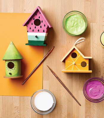 How To Make a Fruit Painted Birdhouses