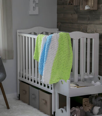 How To Make a Twisted Stripe Baby Blanket