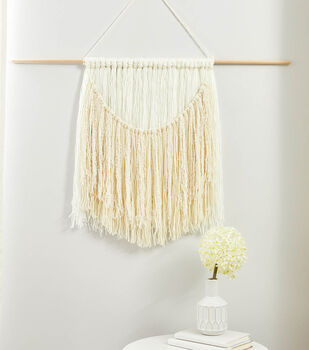 How To Make a Relaxed Fringe Wall Hanging