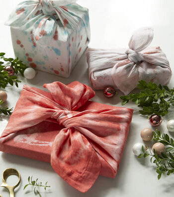 How To Make Dyed Cloth Gift Wrap