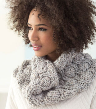 How To Make A Wool-Ease Thick & Quick Bonus Bundle Pod Stitch Cowl