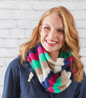 How To Make an Easy Stripes Knit Cowl