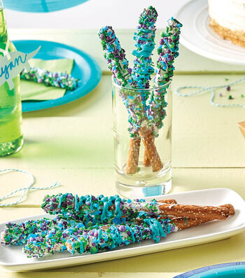 How To Make a Sprinkle Pretzel Rod Treats