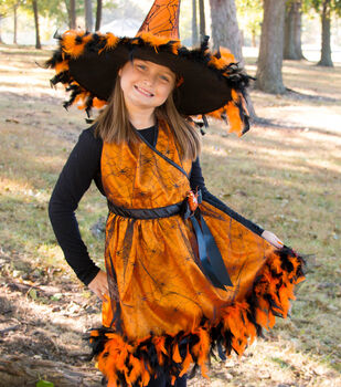 How To Make A Witch Accent Costume