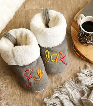 How To Make a Fleece Sherpa Embroidered RELAX Slippers