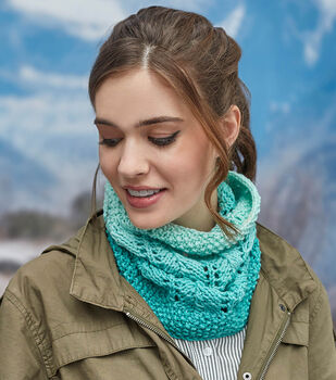 How To Make a Cozy Lace Cowl