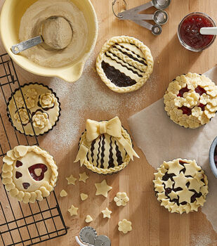 How To Make Decorative Crust Mini Pies