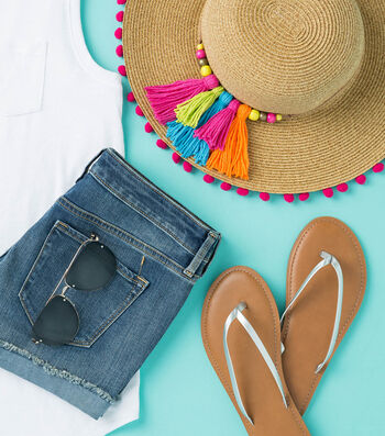 Make A Tassel and Pom Trimmed Sunhat