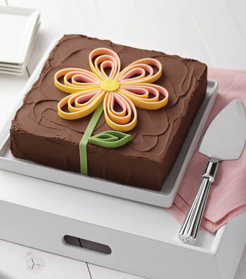 Chocolate Cake with Looped Blossom