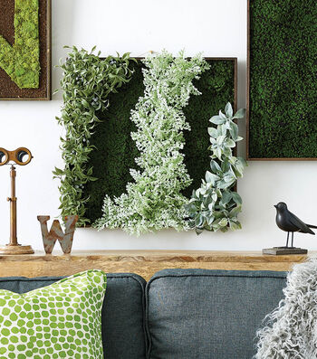 How To Make A Moss and Greenery Wall Art