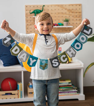 How To Make a 1st Day of School Felt Banner