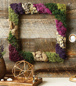 How To Make a Square Moss Wreath