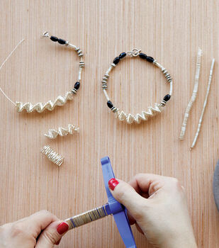 How To Make A Wire Twist and Curl Bracelet