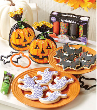 Wilton Halloween Tablescape