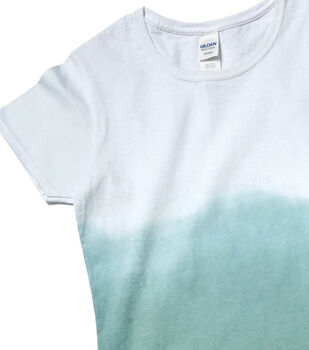 How To Make an Ombre Dyed T-Shirt-Olive