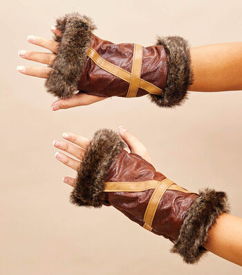 Make Fur Leather Gloves With Trim