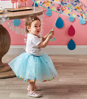 How To Make a Toddler Pom Pom Tutu