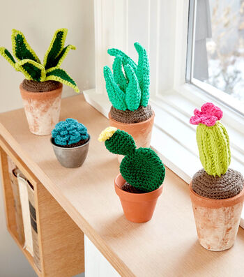 How To Make A Lily Sugar'N Cream Crochet Succulents