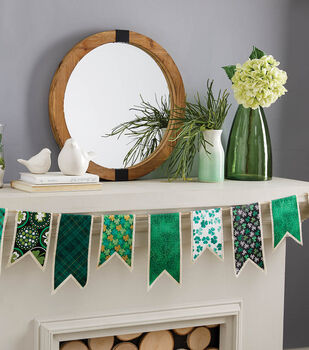 How To Make Burlap Pennant Banner