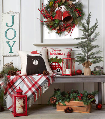 How To Stylize Your Entryway for Christmas