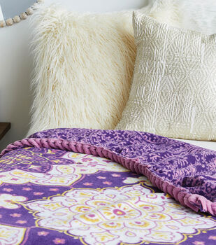 How To Make a No Sew Throw with Braided Edges