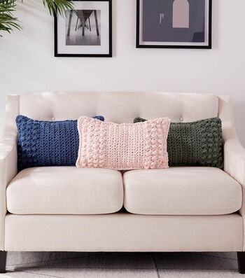 How To Make a Bernat Blanket Ending With A Bobble Crochet Pillow Set
