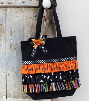 How To Make A Ruffled Trick or Treat Tote