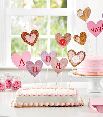 How To Make  A Glittered Heart Cake Topper