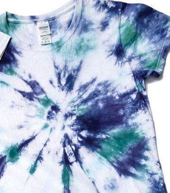 How To Make a Tie Dye T-Shirt