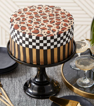 How To Make A Wild About You Leopard Print Cake