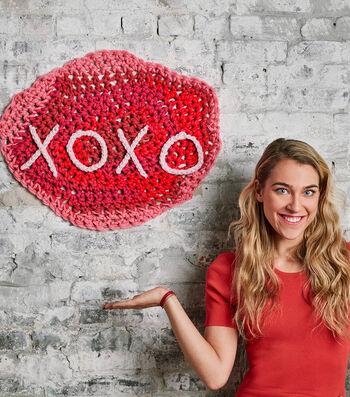 How To Make A London Kaye XOXO Banner