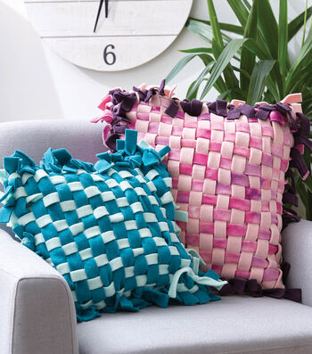 How To Make No Sew Woven Fleece Pillows