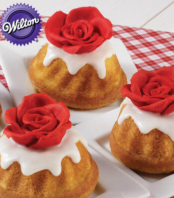 Rose-Topped Mini Fluted Cakes