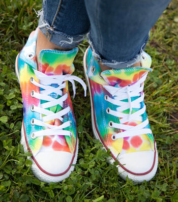 How To Make A Rainbow High Top Shoes