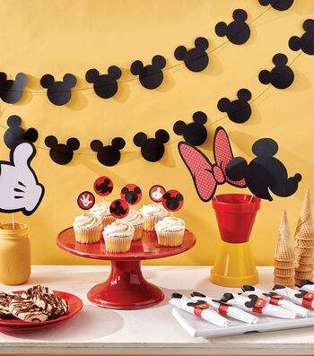 How To Make Mickey Mouse Themed Party Supplies