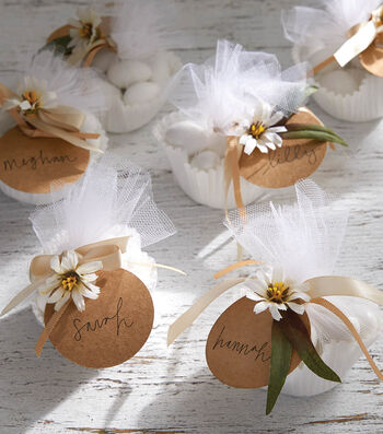 How To Make Wedding Favors