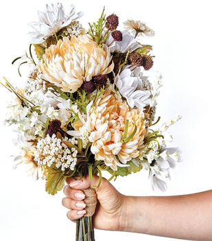 How To Make a Natural Fall Bouquet
