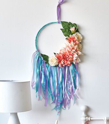 How To Make A Wall Hoop with Flowers