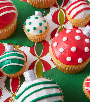 How To Make Dots and Stripes Ornament Cupcakes