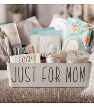 How to Make a Mommy Survival Kit