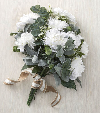 How To Make a White Floral Bouquet