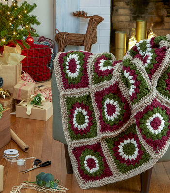 How To Make a Serenity Chunky Yuletide Motif Throw