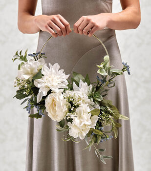 How To Make A Metal Ring Bouquet