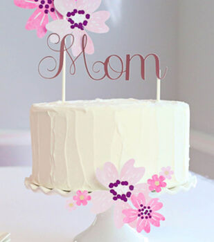How to Make a Watercolor Floral Cake