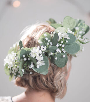 How To Make An Eucalyptus White Flower Garland Crown