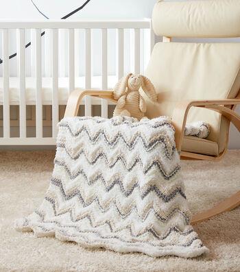 How To Make a Bernat Baby Bundle Giggling Ripple Knit Baby Blanket