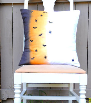 How To Make An Ombre Dyed Halloween Pillow