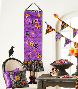How To  Make A Halloween Make it your Own Wall Hanging