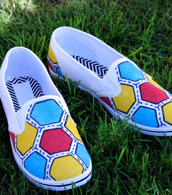 How To Make Hexagon Patterned Shoes