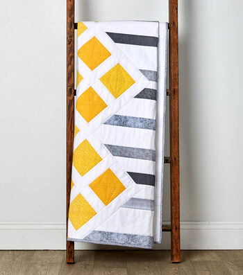 How To Make a Yellow, Gray and White Quilt